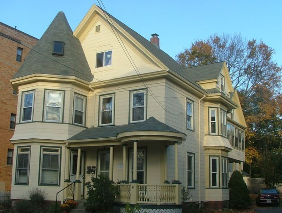 Bedroom For Rent In Historic Home Apartments For Rent In Malden Massachusetts United States