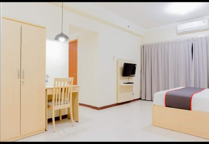 Grand Palace Apartment near Jiexpo and Ancol