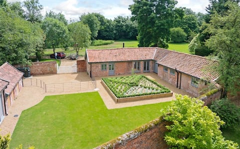 Gardeners Lodge