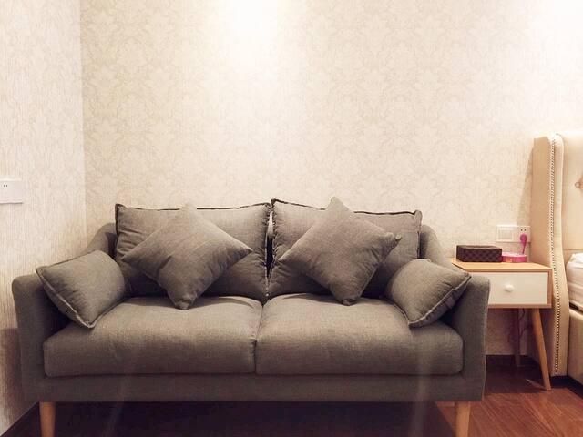 舒适以及干净的沙发