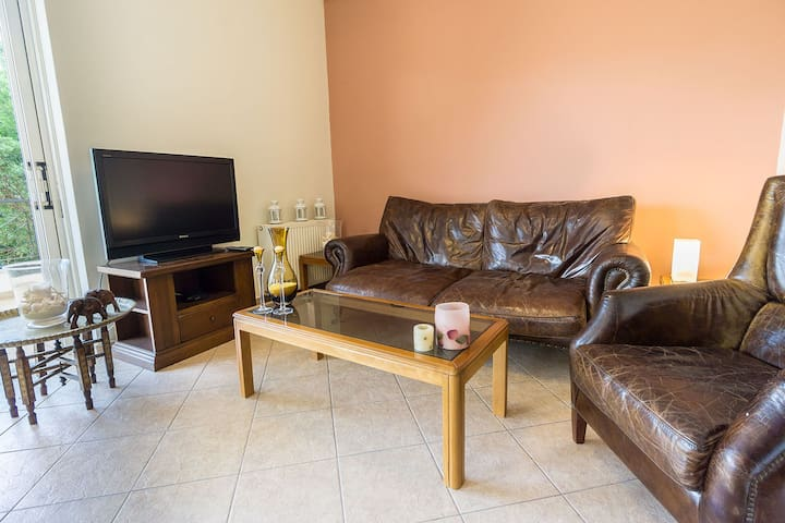 3Bdr Apartment near Airport - Spata - Apartemen