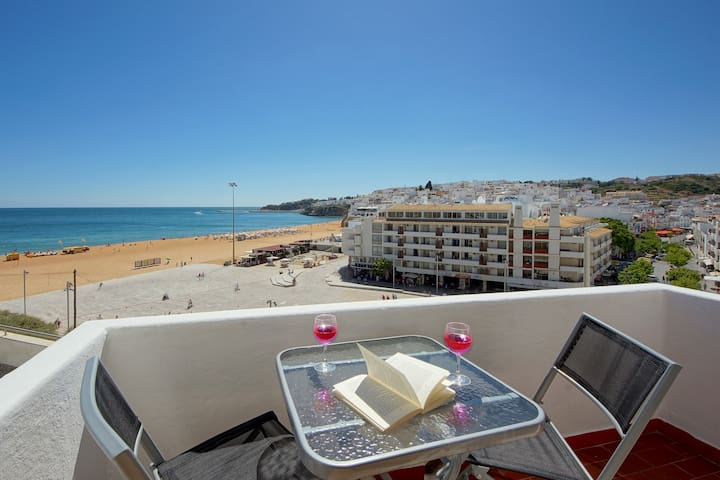 Pescadores T1 C/varanda / One bedroom with balcony