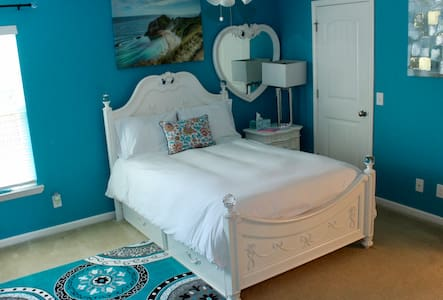 One Blue Bedroom!