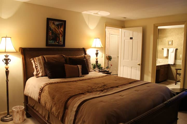 Floyd Room