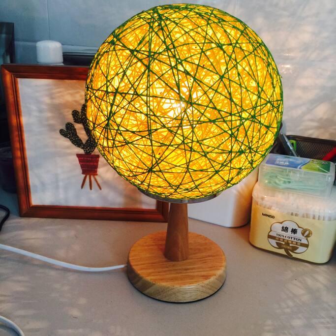 床头小台灯 table lamp