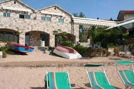 Kazanegra Beach A6 Apartment