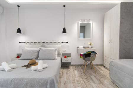 New Unique Apartment of 35 sq.m. with courtyard