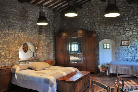 Apartment La Quercia, farm in the heart of Chianti - Flat