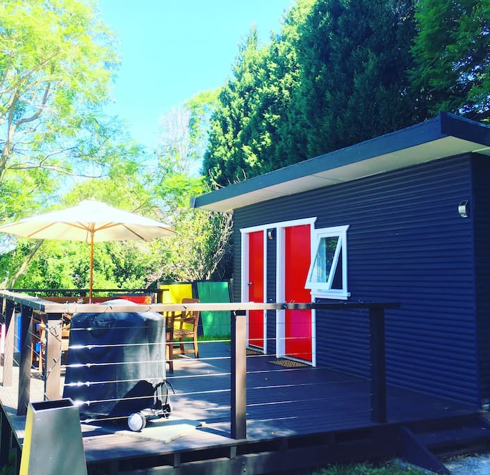 Figtree beach cabin self contained cabins for rent in for Self contained cabin