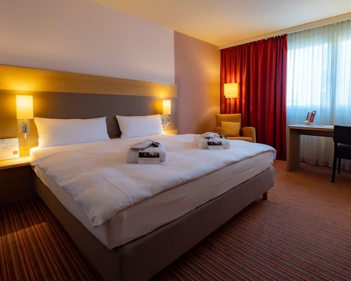 Komfortables Zimmer in Böblingen 3 (Mercure Hotel)