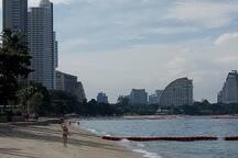 50 M. to Wongamat beach