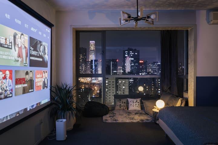 完美夜景_ 120寸巨幕投影落地窗 高层南向 地铁步行5分