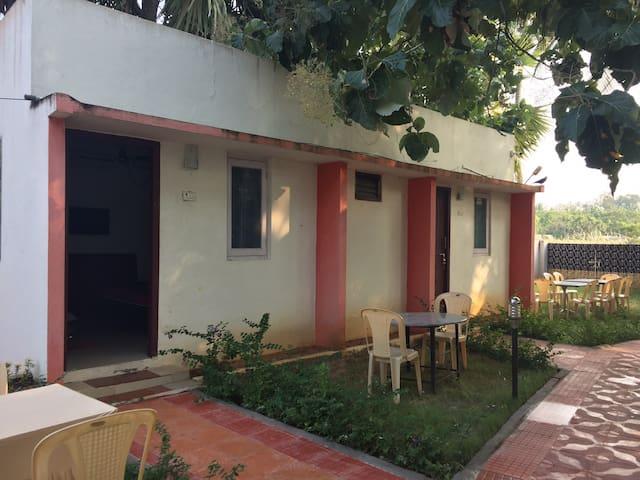 Living edge homestay couple friendly  Mamallapuram