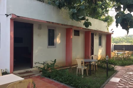 Living edge homestay couple friendly  Mamallapuram