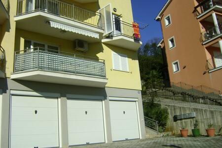 Beautiful 75m2 apartment for 2-4p - Ičići - 公寓