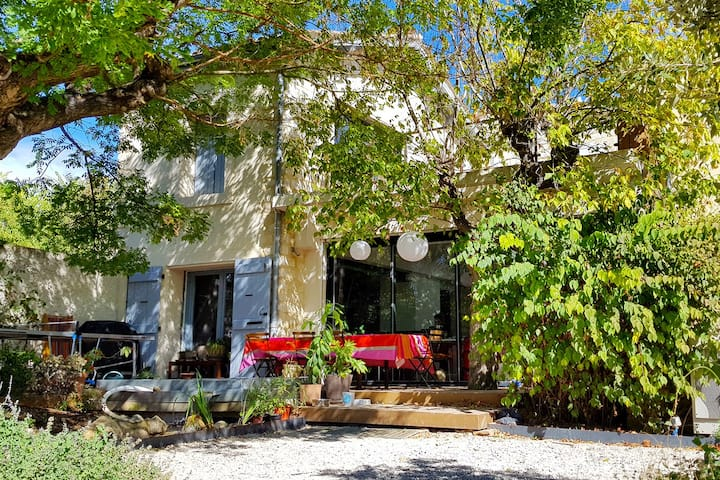 Villa with swimming pool 5 mn from Montpellier