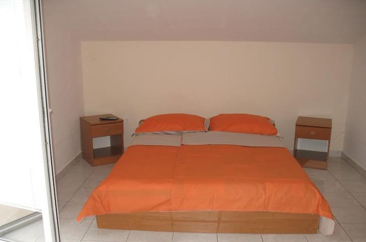 Doublebed apartment with sea view - Rtina - Bed & Breakfast