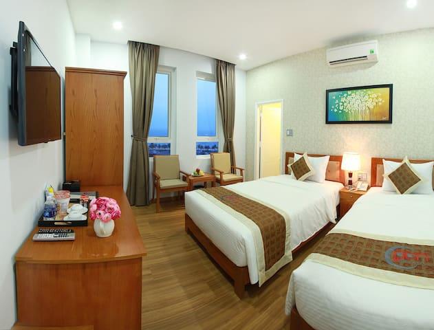 Nice Twin Room Sea View