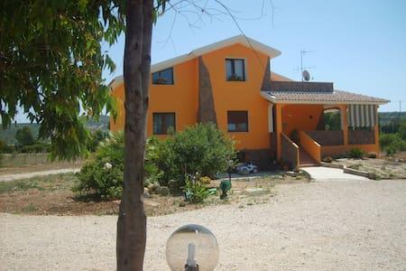 villa in periferia  - Sassari