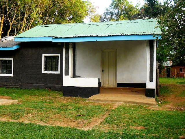 RESORT HOME NEAR KITALE, KENYA