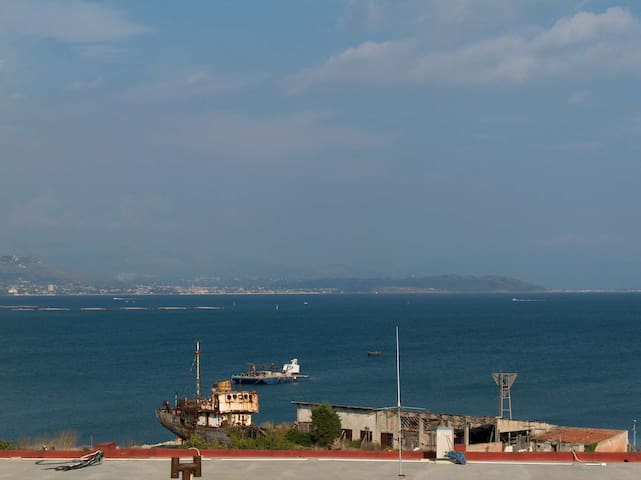 Sea view old-town independent house - Gaeta