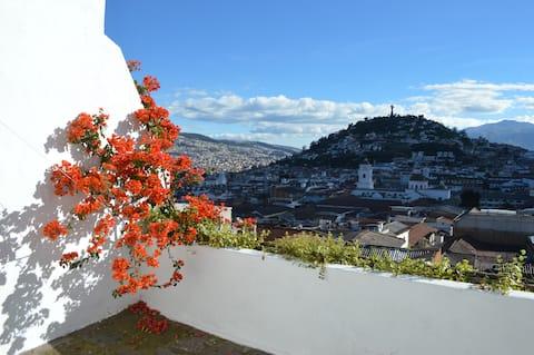 Departamento Colonial en Centro Histórico de Quito