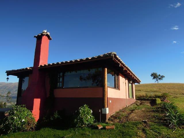 Kleines traditionelles Landhaus - Otavalo - Kabin