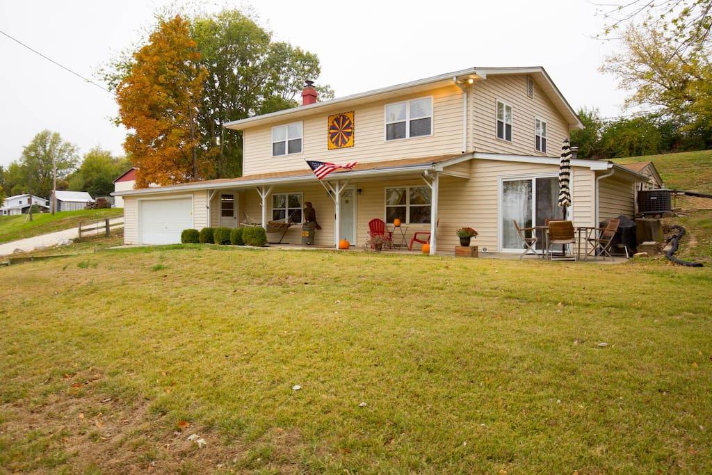 Golden Eagle Inn Houses For Rent In Golden Eagle