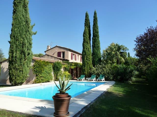 """Villa """"Les Treilles"""" - Ventabren - Huis"""