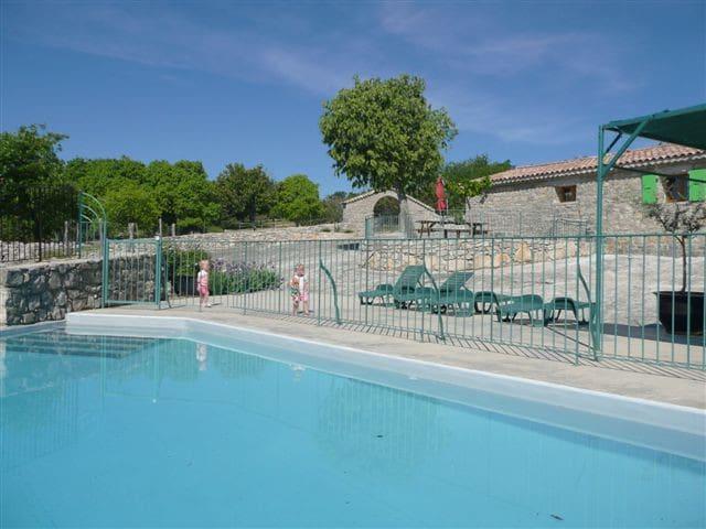 gite de charme piscine chauffée