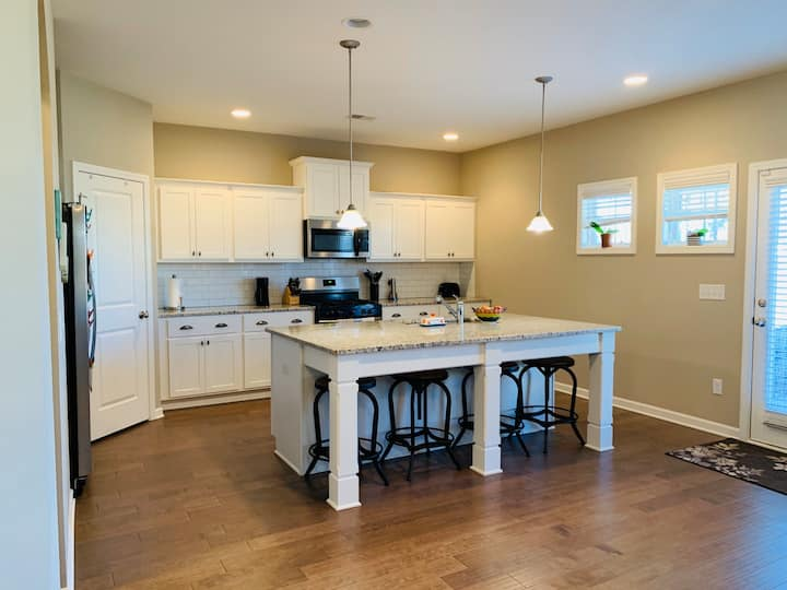 Your Place On The Plains, 3,100 sq ft