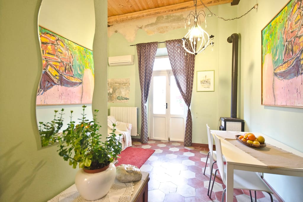 Find Holiday Rentals in Via J.f. Kennedy on Airbnb