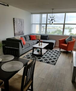 Amazing Two Bedroom View Home - North Miami Beach