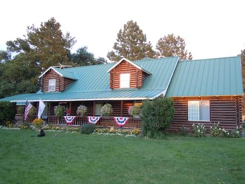"Log Cabin on 17 Acre Farm with backyard ""Playland"""