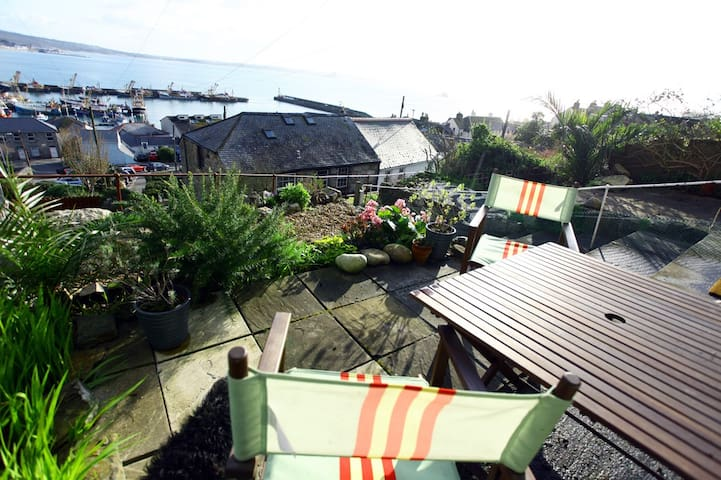 Trawler Cottage - Newlyn