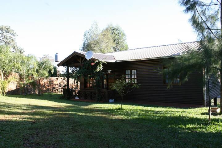 Cabaña Frente al Rio Parana