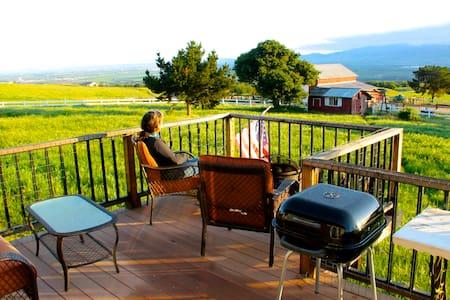 Monterey Area: Views Private Ranch - Monterey - Apartment