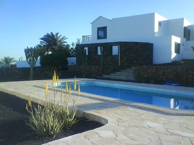 Villa Ayla 1 - Teseguite - Casa