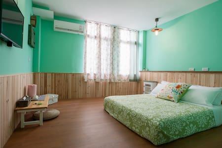 日日好時光 2F 海島綠雙人房 獨立衛浴 - Guangfu Township