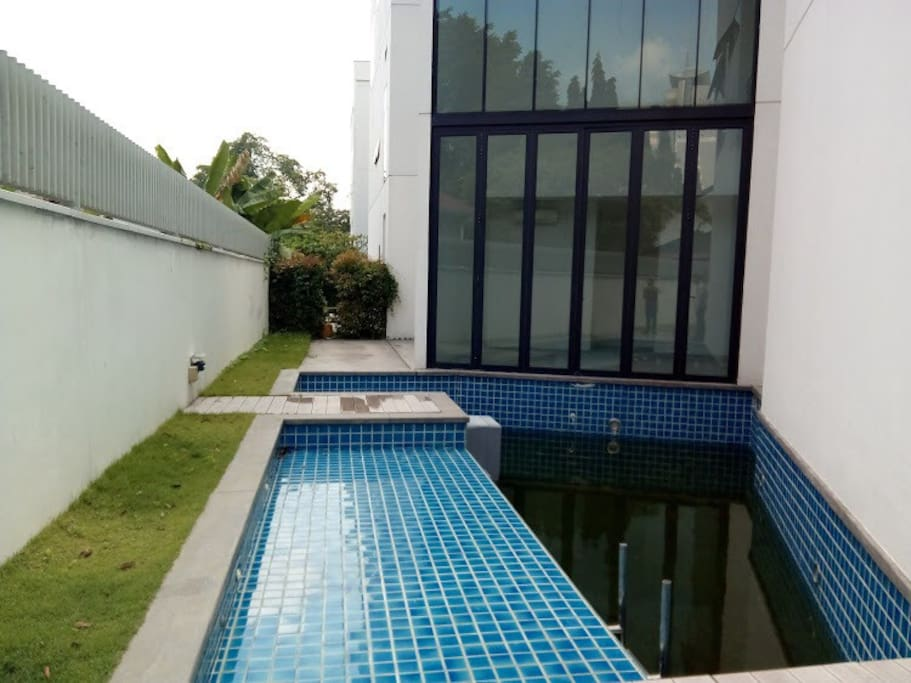 Maison petite bungalows for rent in kuala lumpur for Maison kuala lumpur