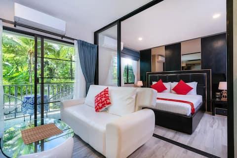 More Style Space & Comfort Free Netflix's@Naiyang