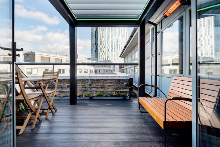 Penthouse. Liverpool St. Zone 1. Roof Terrace & AC