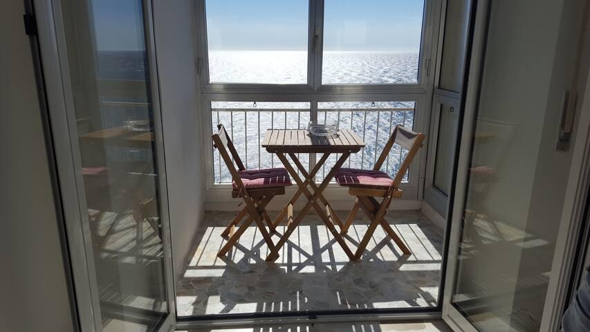 Appartamento con ampia vista mare