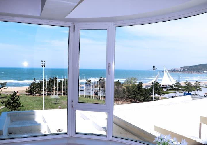 【出云】180°弧形飘窗一线海景,国际海水浴场中心位置,近山大,经典红白游戏机