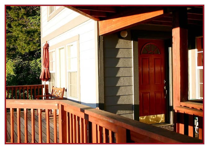 RED DOOR apt - Sunny Couples Cabin INSIDE Yosemite - Yosemite National Park - Apartamento