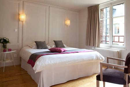 """""""L'ADRESSE"""", Appartement LE CLASSIQUE - Ονφλέρ - Διαμέρισμα"""