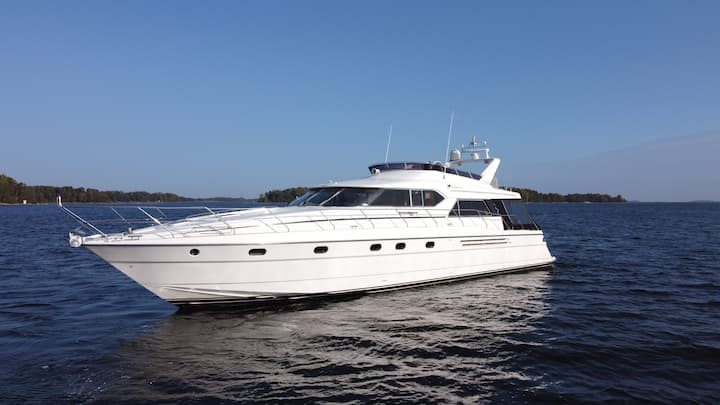 Princess 66 - Private Luxury Yacht