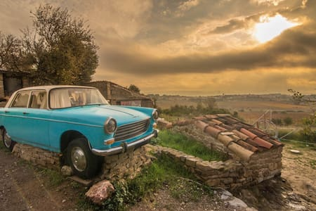 Upcycled Oldtimer with Panoramic view of vineyards