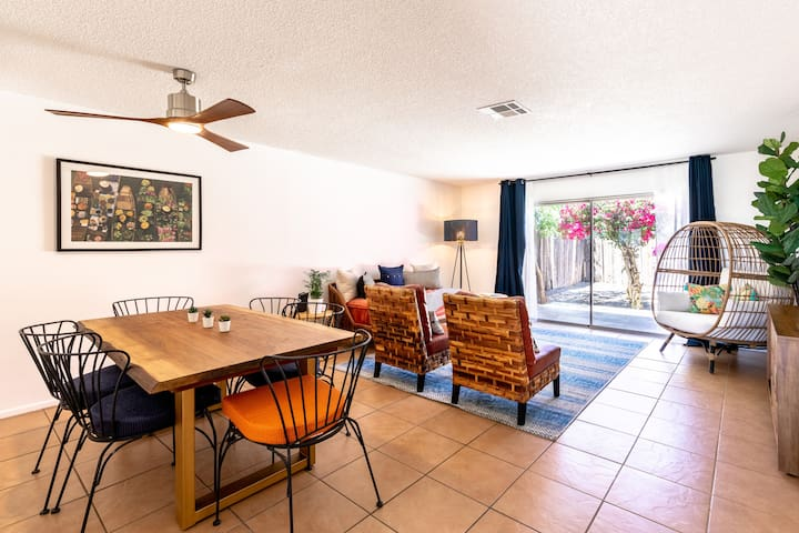 Vue C- Quaint & Spacious 2 Bed Apt w/ Private Yard