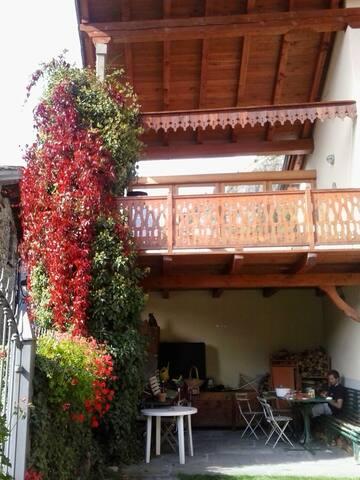 Vacanza in montagna: natura e relax - Courmayeur - Dům